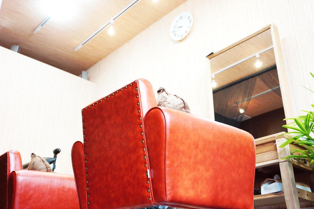 クローバー美容室カット席